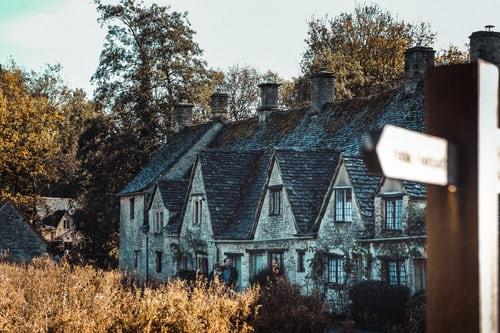 slate roofs on homes